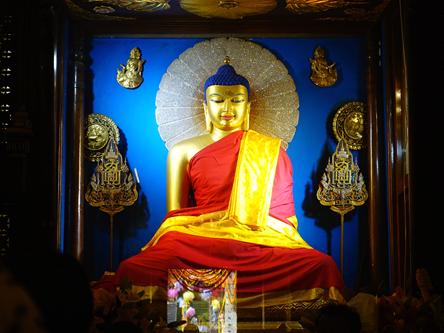 菩提迦耶 Bodh Gaya 摩訶菩提寺.正覺大塔.迦耶之夜.燃燈供佛