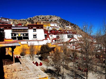 西藏拉薩-甘丹寺
