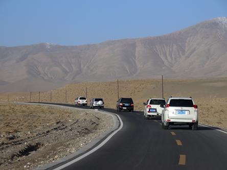 青海格爾木-崑崙山格爾木瑤池公路