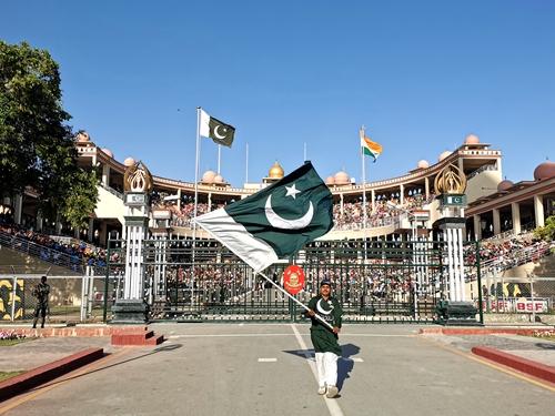 印度巴基斯坦-降旗典禮
